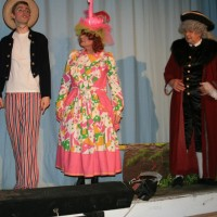 Andy Sunnucks (Billy Crusoe), John Sansom (Clara Crusoe) & Martin Apps (Mayor Perkins)