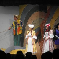 Andy Sunnucks (Andy Green), Gemma Pring (Rose Red), Megan Moore (Snow White) & Katherine Apps (Francis Black)
